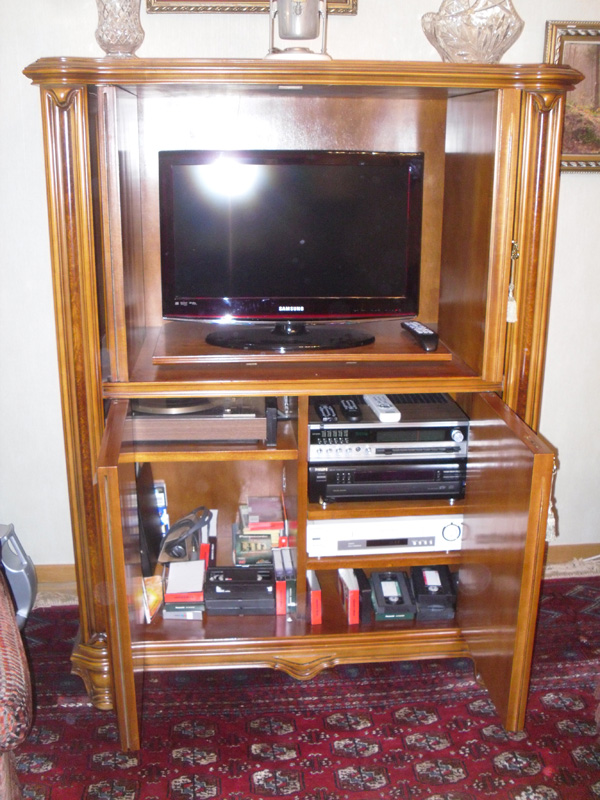 Meuble tv en merisier pour television et hi fi for Meuble tv quimper